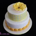 Lemon Print and Macaron Cake
